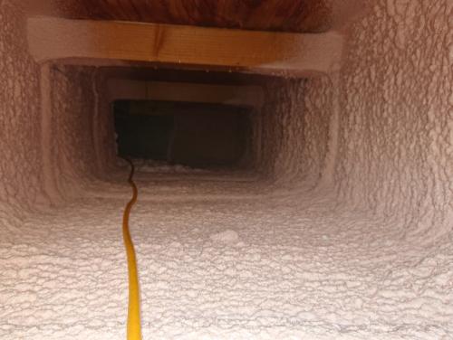 防蟻工事と床下断熱工事事例写真